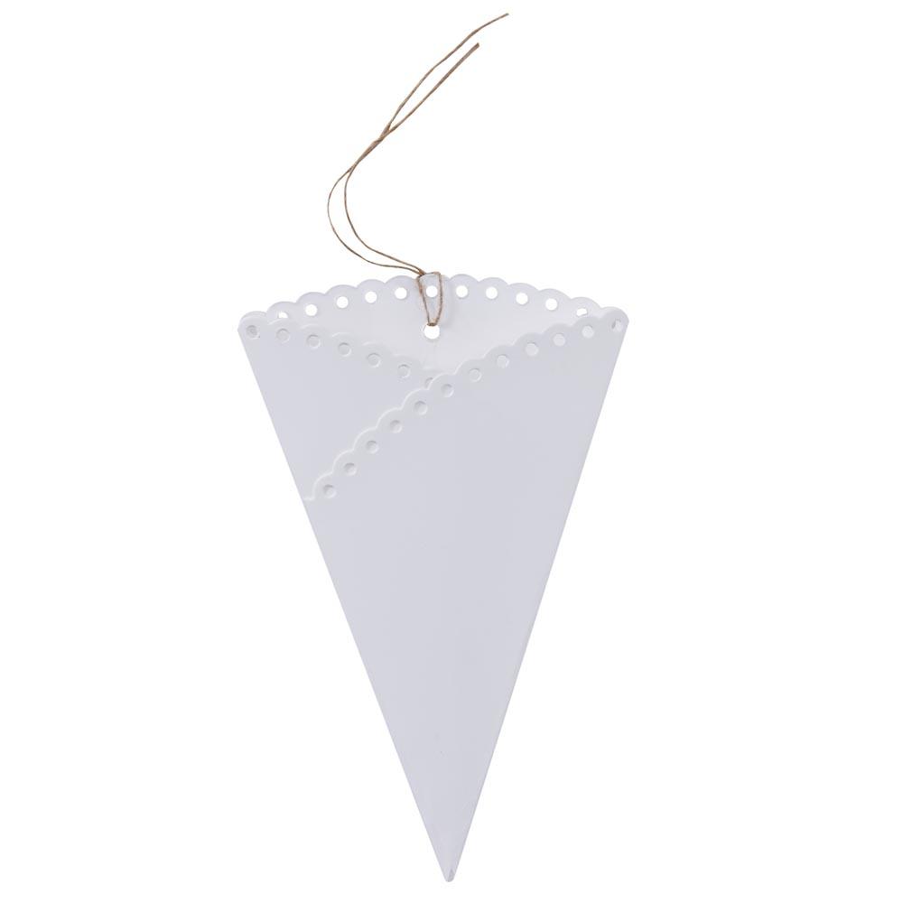 Scalloped Confetti Cones