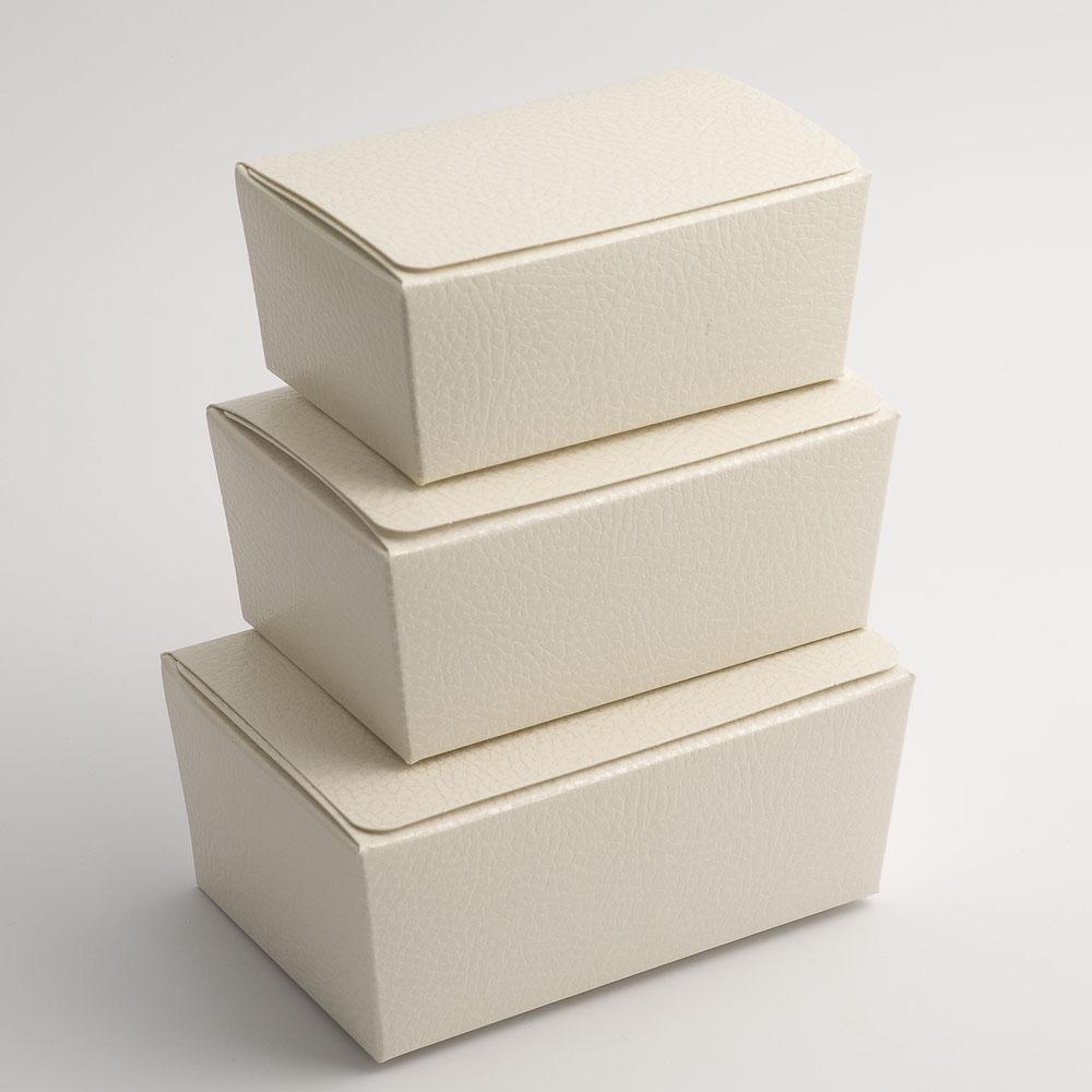 Antique White Pelle Ballotin Favour Box 115mm x 75mm x 50mm
