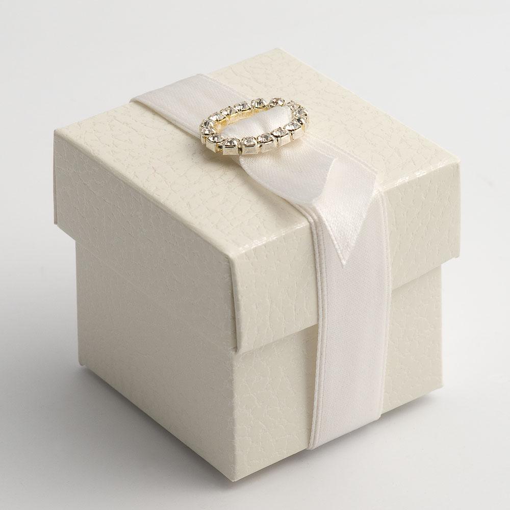 Antique White Pelle Square Favour Box with Lid