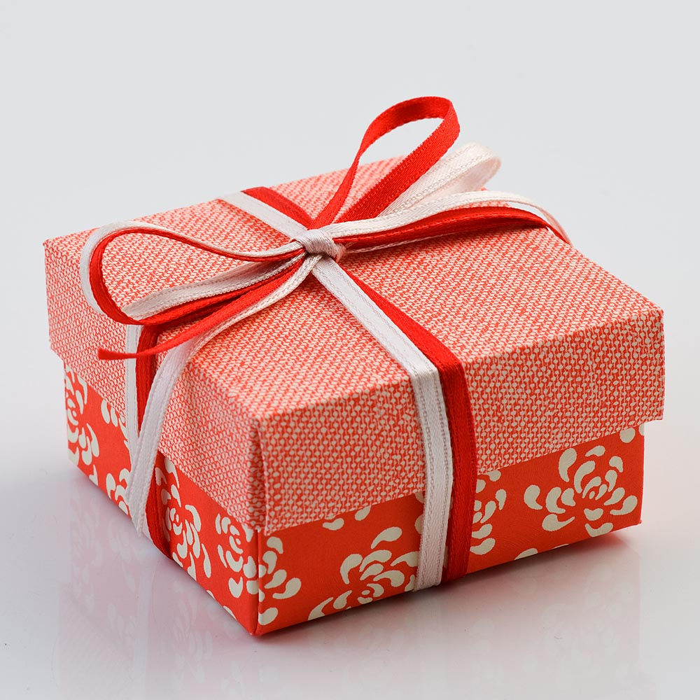 Coral Red Vintage Pattern Square Favour Box with Lid 60MM