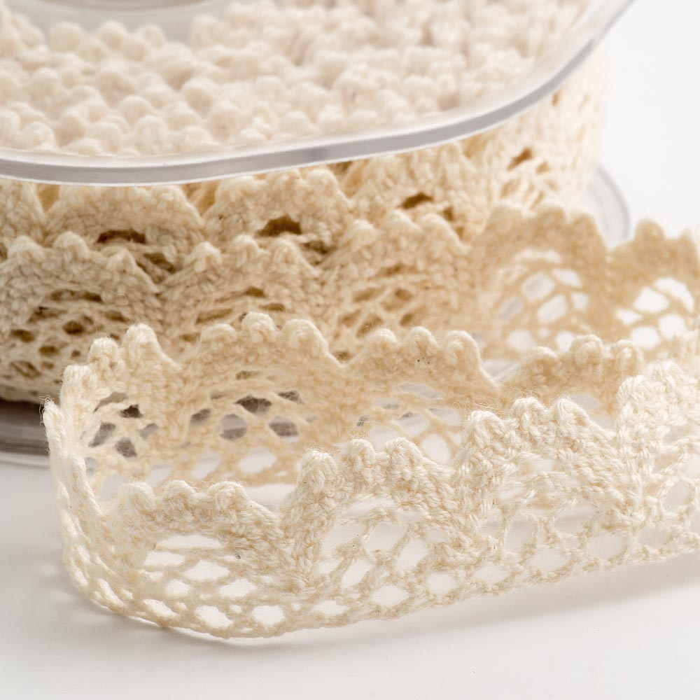 Cream Cotton Lace Scalloped Edge Ribbon 15mm x 10M