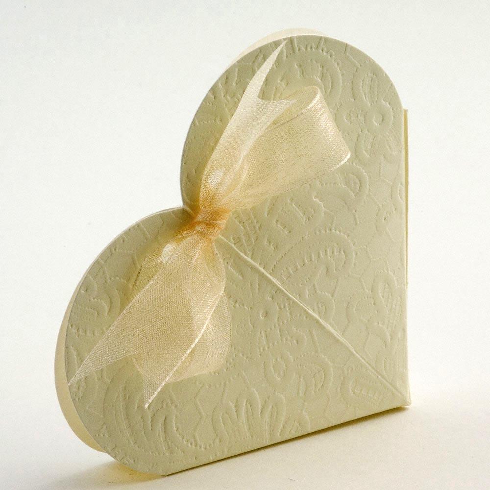 Cream Macrame Heart Favour Box