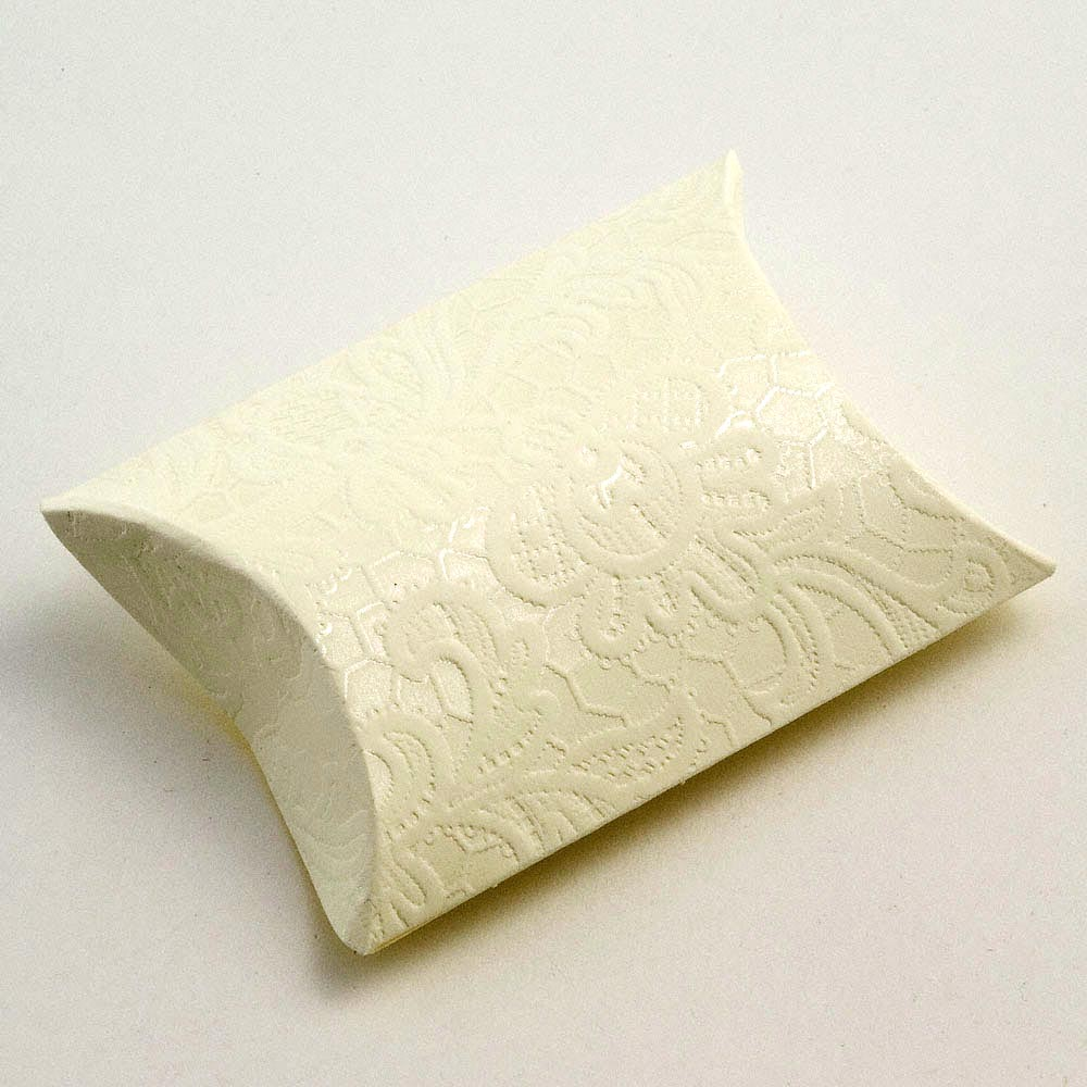 Cream Macrame Pillow Favour Box