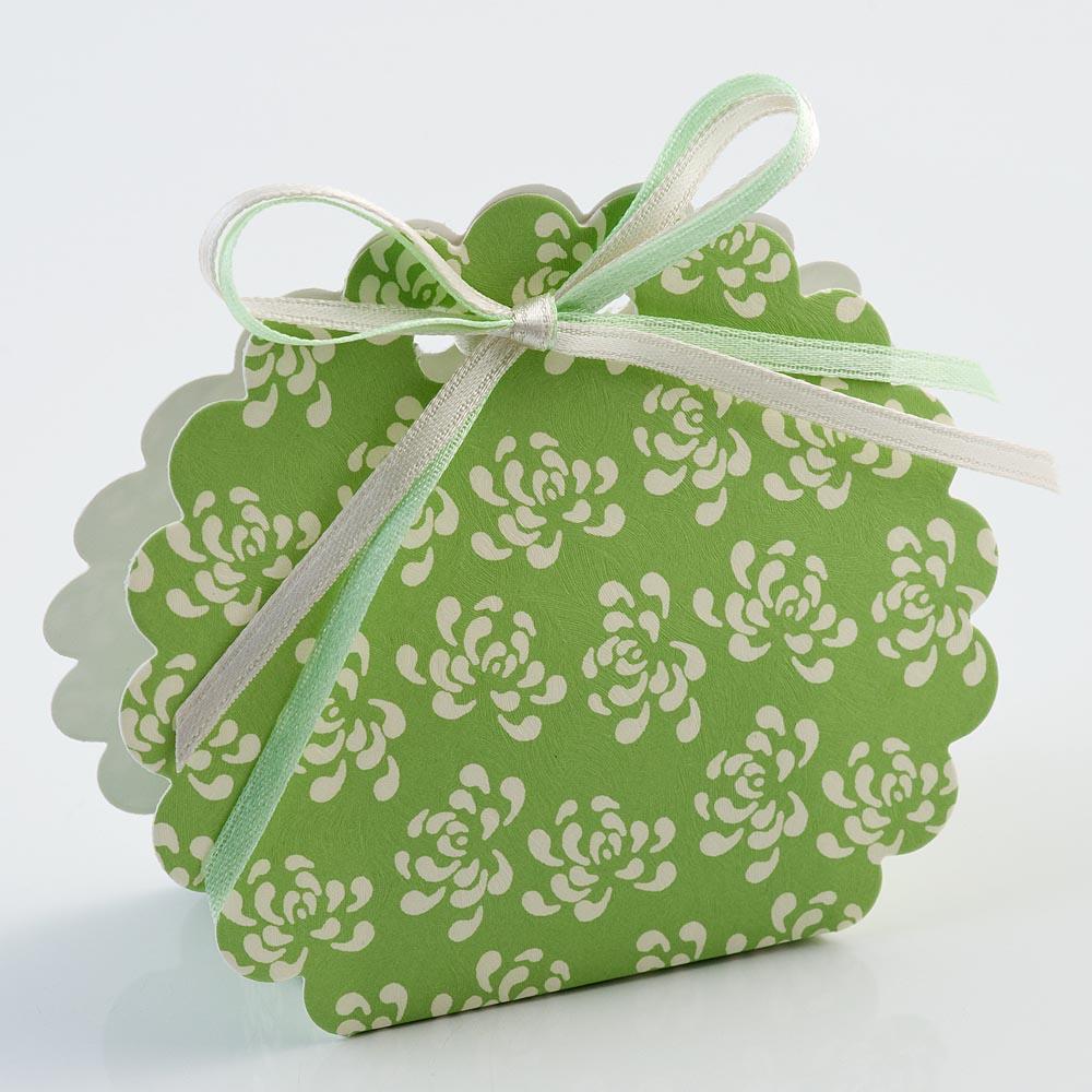 Green Vintage Pattern Scalloped Edge Favour Box
