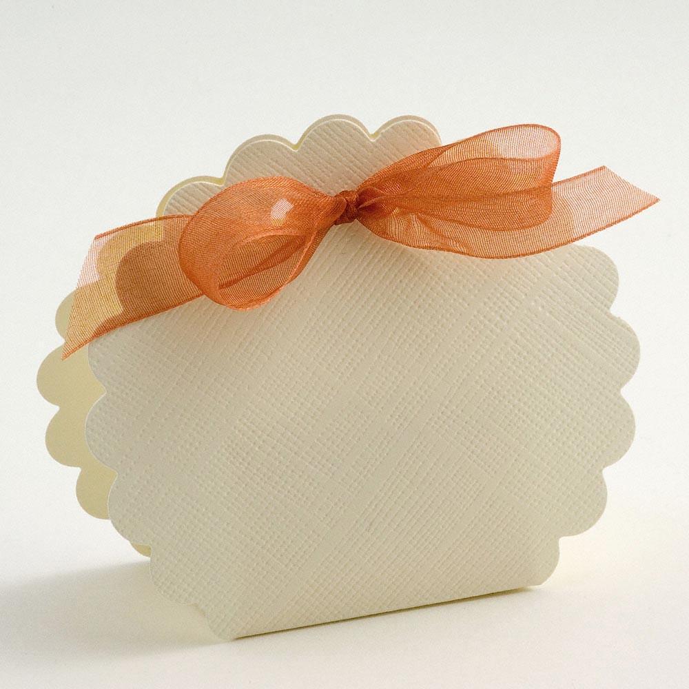 Ivory Silk Scalloped Edge Favour Box