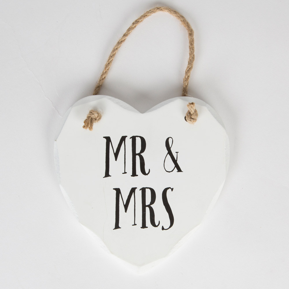 Mr & Mrs Hanging Heart Plaque