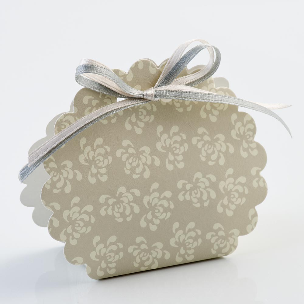 Pearl Grey Vintage Pattern Scalloped Edge Favour Box