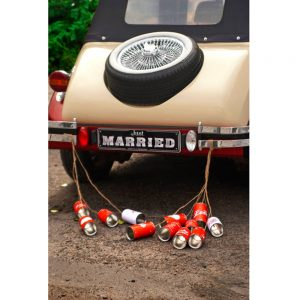 Retro Wedding Car Cans