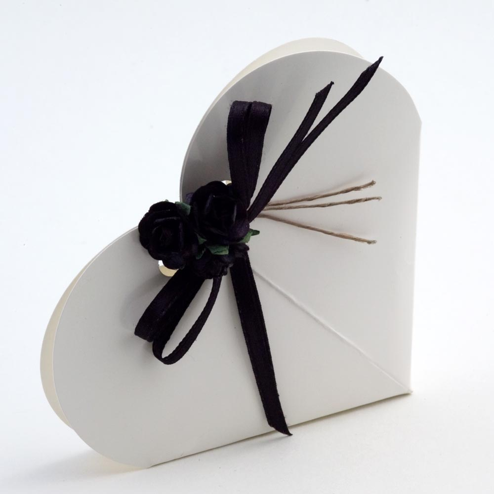 White Glossy Heart Favour Box