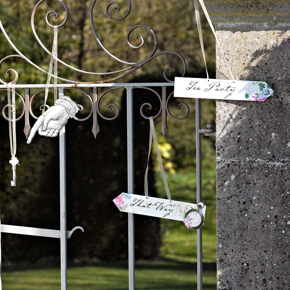 Wonderland Scene Setter Signs